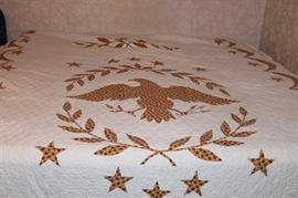 Thunderbird or Eagle Quilt - Hand Stitched - very good shape