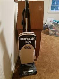 Oreck XL 21 vacuum