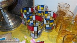 Vintage Mod Georges Briard Glass Set