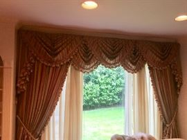 Beautiful curtains - 2 windows