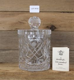 BEAUTIFUL CRYSTAL GINGER JAR W/ETCHED GOLF BALL & CLUBS!