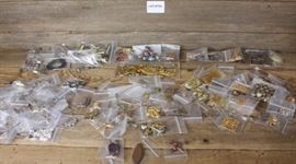 LARGE LOT OF JEWELRY MAKING SUPPLIES !!