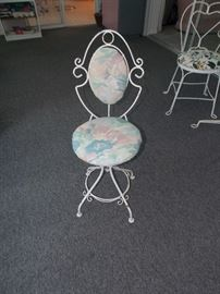 QUAINT ADJUSTABLE HEIGHT WROUGHT IRON CHAIR