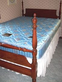 Four poster mahogany bed complete to bed set