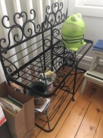 Great small baker's rack in wrought iron.