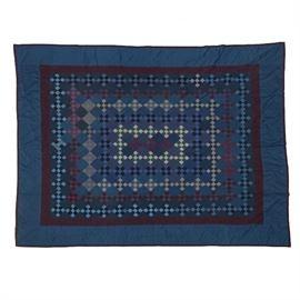 Vintage Amish hand stitched quilt