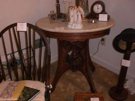 BEAUTIFUL MARBLE TOP TABLE