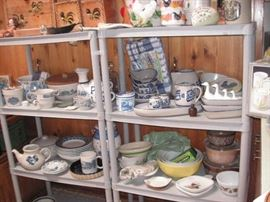 Large assortment of kitchen items