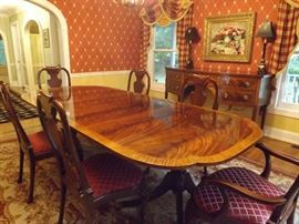 Historic Charleston Sheraton Table w Queen Anne Chairs by Baker