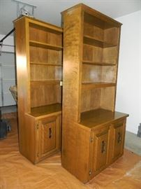 Two matching bookcase units