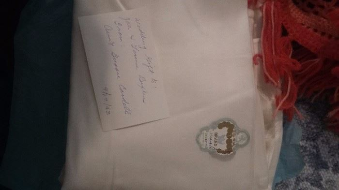 Gold Medal Brand Irish Table Cloth and Napkins 1940's with Seal