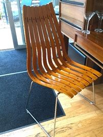 HANS BRATTURD SCANDIA CHAIR.