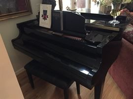 Wurlitzer Baby Grand Piano (C153)