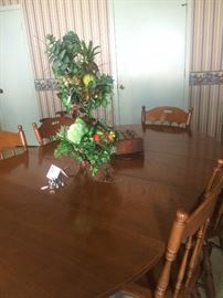 Very study maple breakfast table with chairs