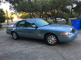 Lincoln LS,  LOADED 127k original miles, good tires. DISCLAIMER: The car has been found by a mechanic to have a front gasket leak which in time is a potential hazard and best opinion is that the car would need repairs costing several hundred dollars to be road worthy. In light of this we are offering the car as A MECHANIC'S SPECIAL for $2,500.  We will only sell the car as is and it must be towed by the purchaser not driven away.