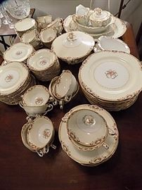 Noritake Large Dinner Set