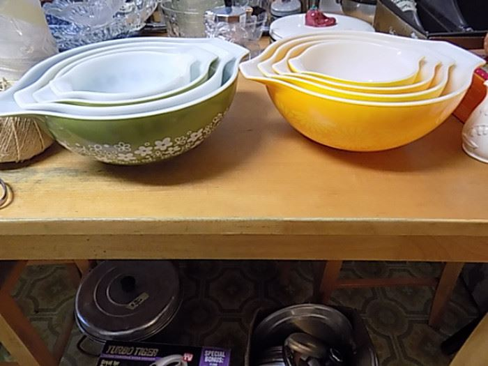 Vintage Nest of Bowls