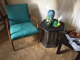 Mid-Centur:  arm chair, table and accessories