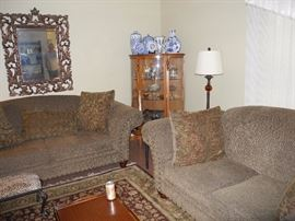 Great condition sofa and loveseat