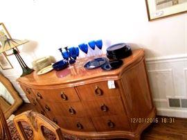 HENRENDON buffet, cobalt blue glass dinnerware, candlesticks, wine glass, centerpiece bowl