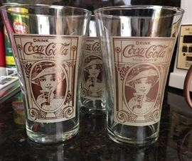 Coca Cola Victorian Girl repro Flair Glasses