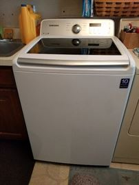 Nearly new Samsung washing machine