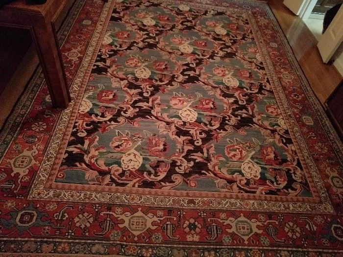 "Beautiful flat-weave, hand-woven, 100% wool rug, measures 8' 2"" x 11' 6"""
