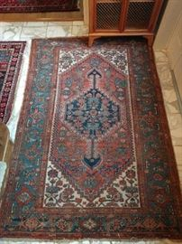 "Antique Persian Malayer, 100% wool, hand woven, measures 3' 9"" x 5' 7""."