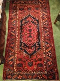 "Another very beautiful Persian Hamadan rug, measures 3' 5"" x 6' 3"", as always, 100% wool, hand woven."