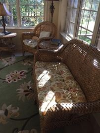 Beautiful WICKER SUNROOM set