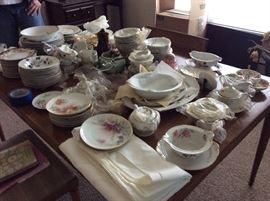 FULL SET OF CHINA