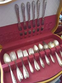 boxed silverplate flatware service for 6