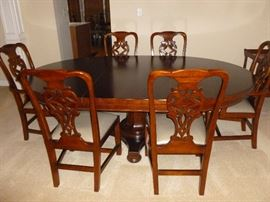 Really nice Dining Room Table w/6 chairs & another leaf..from the Martha Stewart Collection..Client called it 'prison furniture'