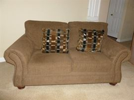 Matching Loveseat..sofa is more true to color