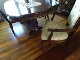 Beautiful Hibriten Double Pedestal Dining Room Table with 6 ?Chairs & China Closet