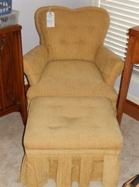 VERY NICE HEART SHAPED BOUDOIR CHAIR WITH OTTOMAN