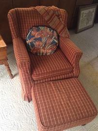 Sitting chair w/ottoman