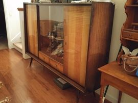 Mid century modern china/display cabinet