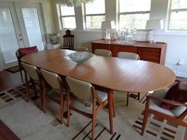 MID-CENTURY MODERN DANISH TABLE AND 8 CHAIRS