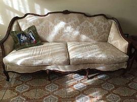 Federalist Sofa