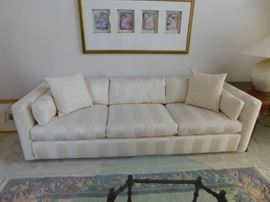 Super looking, matching couch and love seat