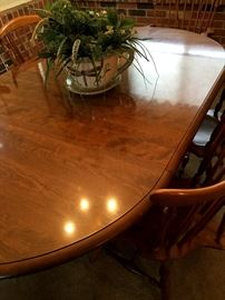 Such A Nice Sale For You This Weekend.  We Have Waiting For You....This Beautiful Ethan Allen Dining Room Set...w/4 Chairs and Two Leaves...