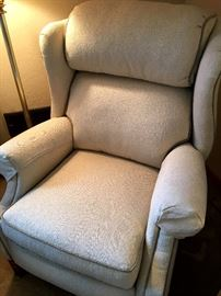 Amazing Ivory Recliner...Uber Comfy!...