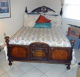 Antique Heavily Carved Full Size Poster Bed With Stearns and Foster Mattress Set and Bedding