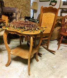 Oak, two-tier, parlor table