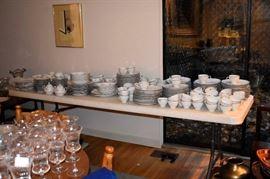 "Mikasa dinnerware ""Verseilles"" pattern."
