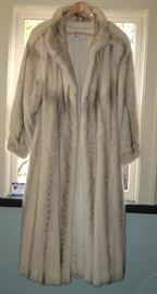 White Mink Full Lengh Fur Coat