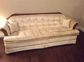 Tuffted Sofa