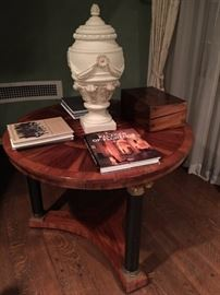 Round Wood Inlaid Side Table, Decorative Urn
