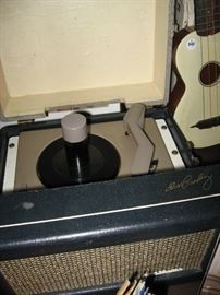 """"""" EXTREMELY RARE""""  RCA 1956 record player with Elvis signature in gold. Model 7EP45"""